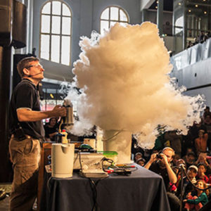 Fizzics Education making a cloud from liquid nitrogen and hot water at MAAS